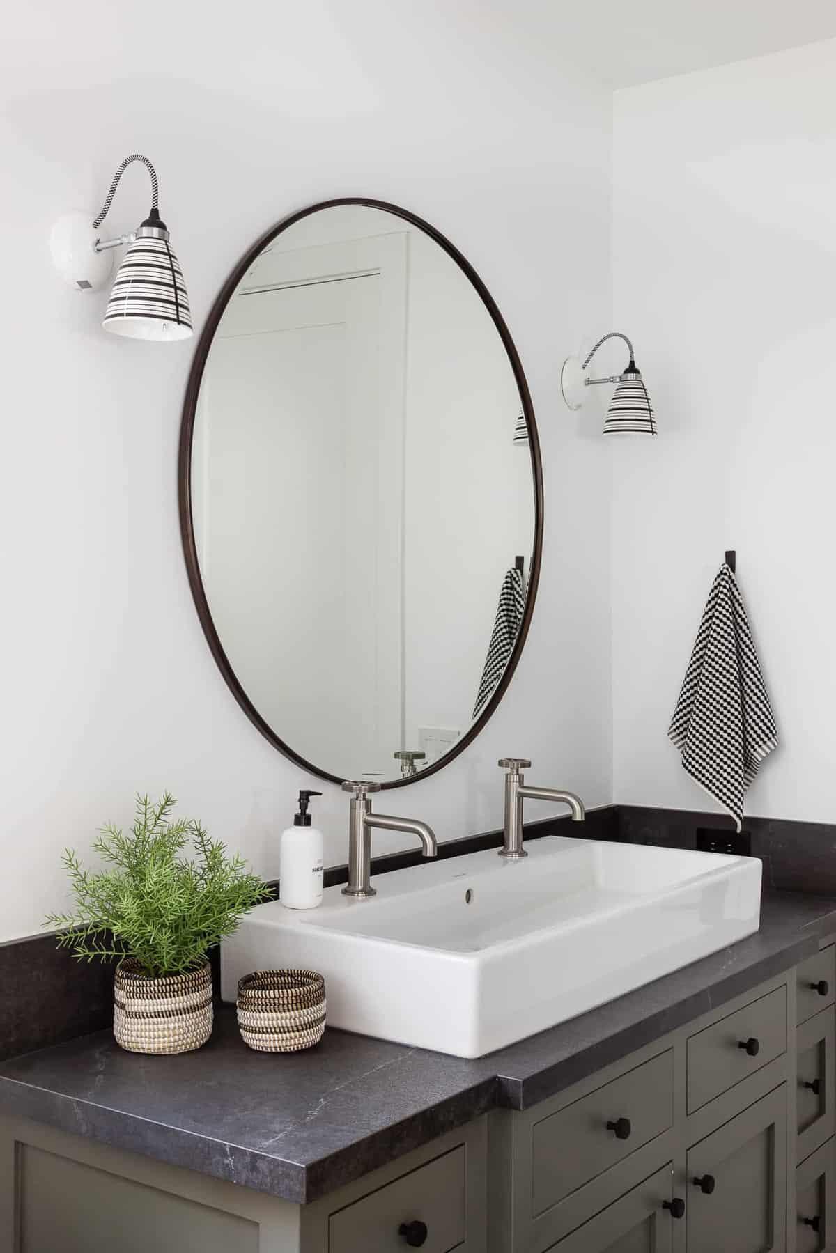 modern-kids-bathroom-vanity