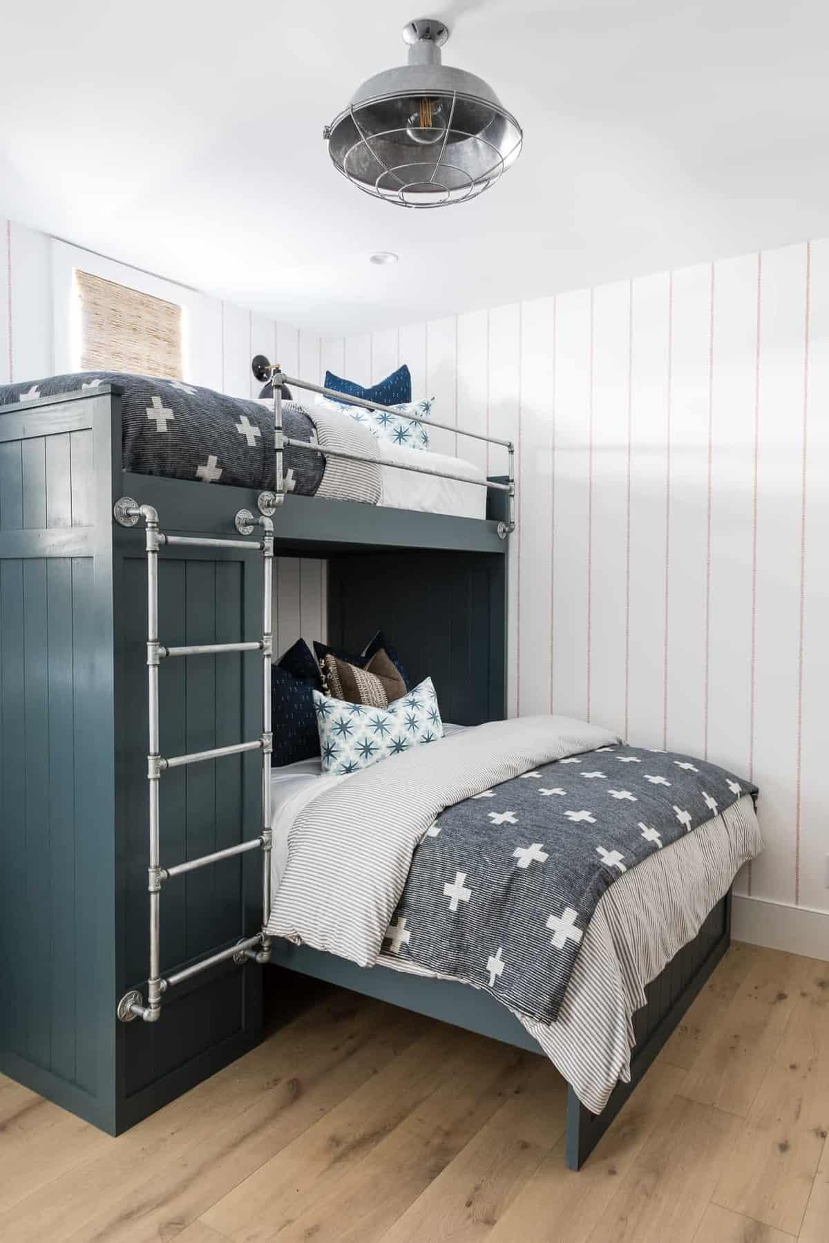 modern-boys-bunk-bedroom