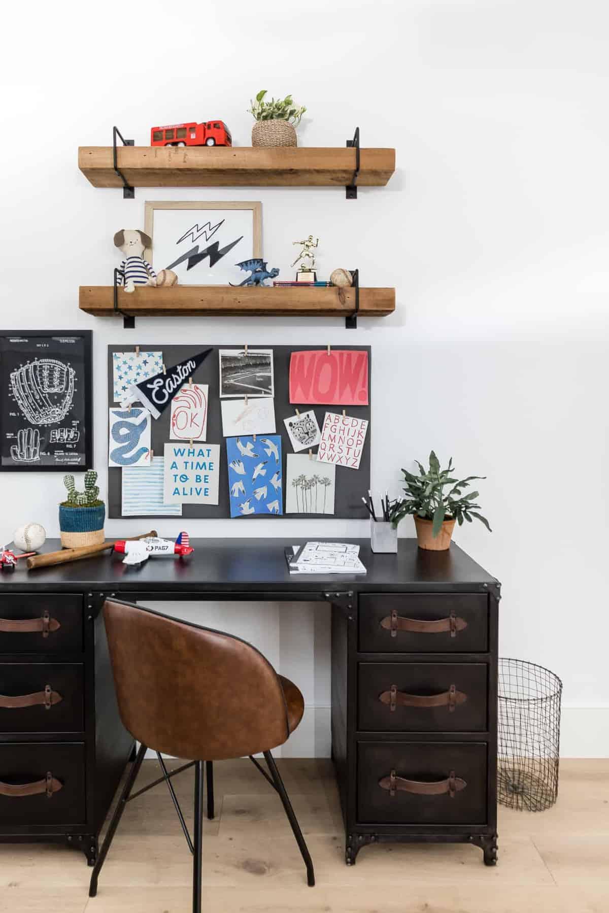 modern-kids-bunk-bedroom-homework-station