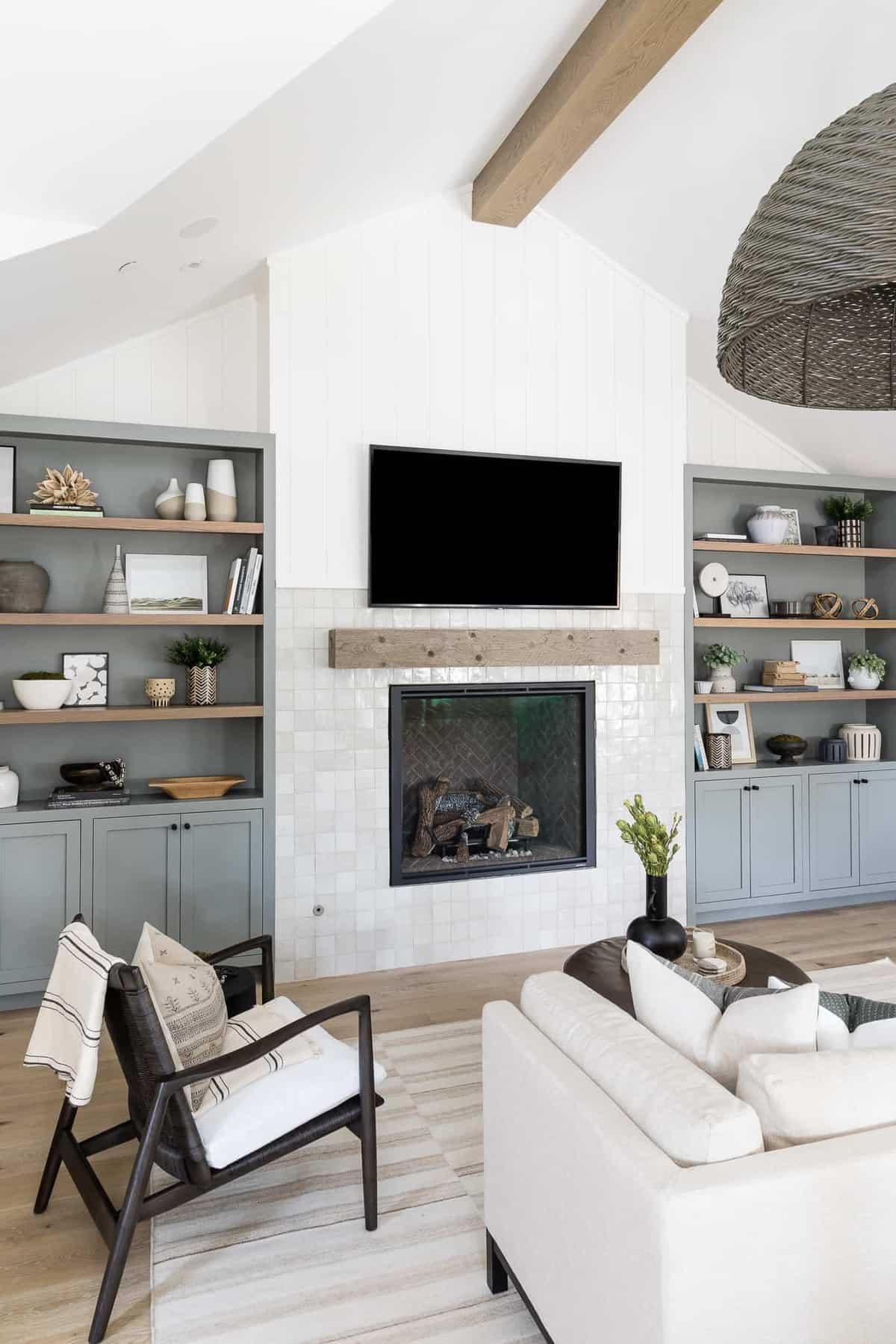 modern-bedroom-fireplace
