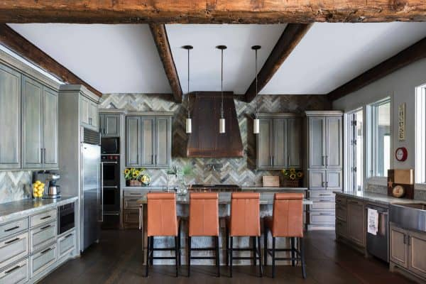 featured posts image for Nature inspires this rustic lake house on a woodland property in Texas