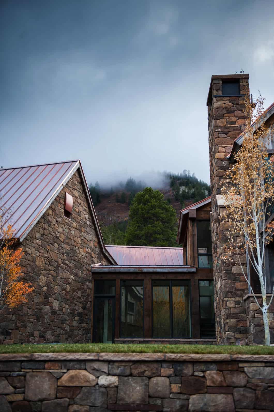 rustikalna-moderna-planinska-kuća-eksterijer