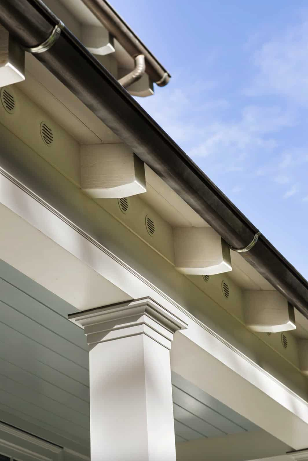 eave-and-gutter-detail-traditional-house-exterior