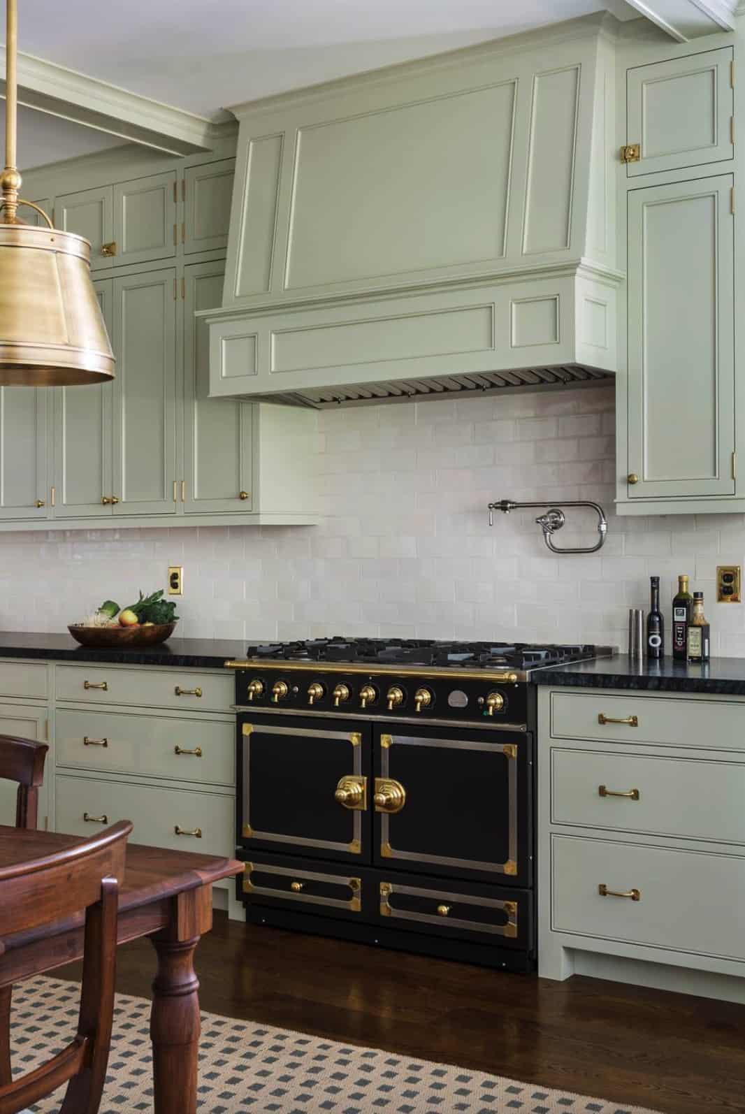 traditional-kitchen-range