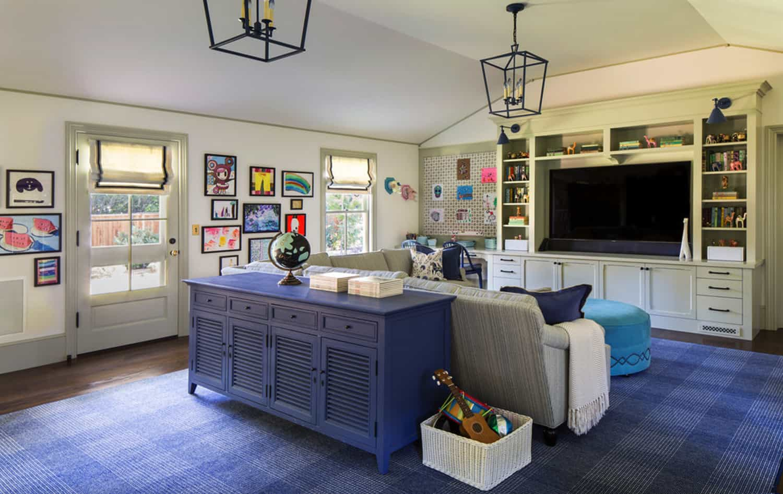 traditional-kids-playroom