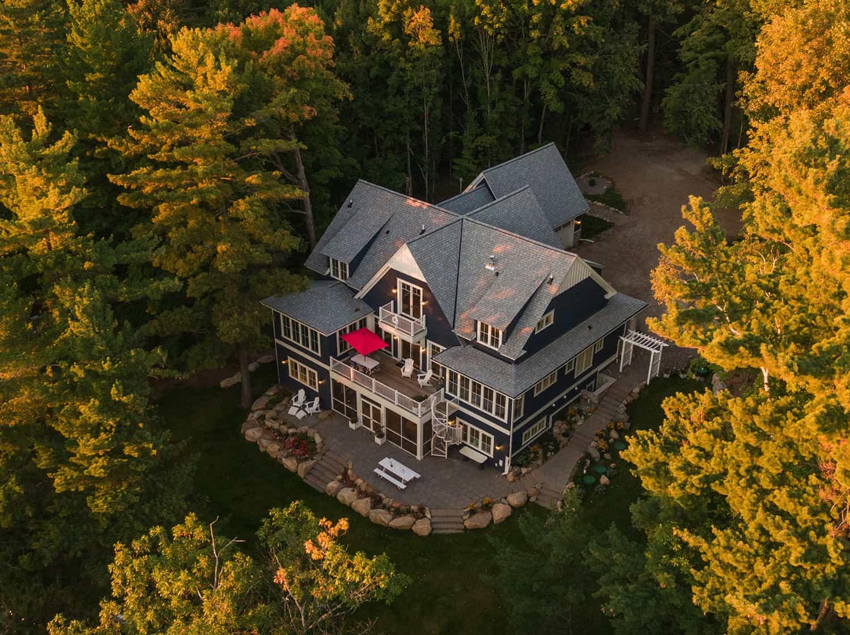 lake-house-beach-style-exterior