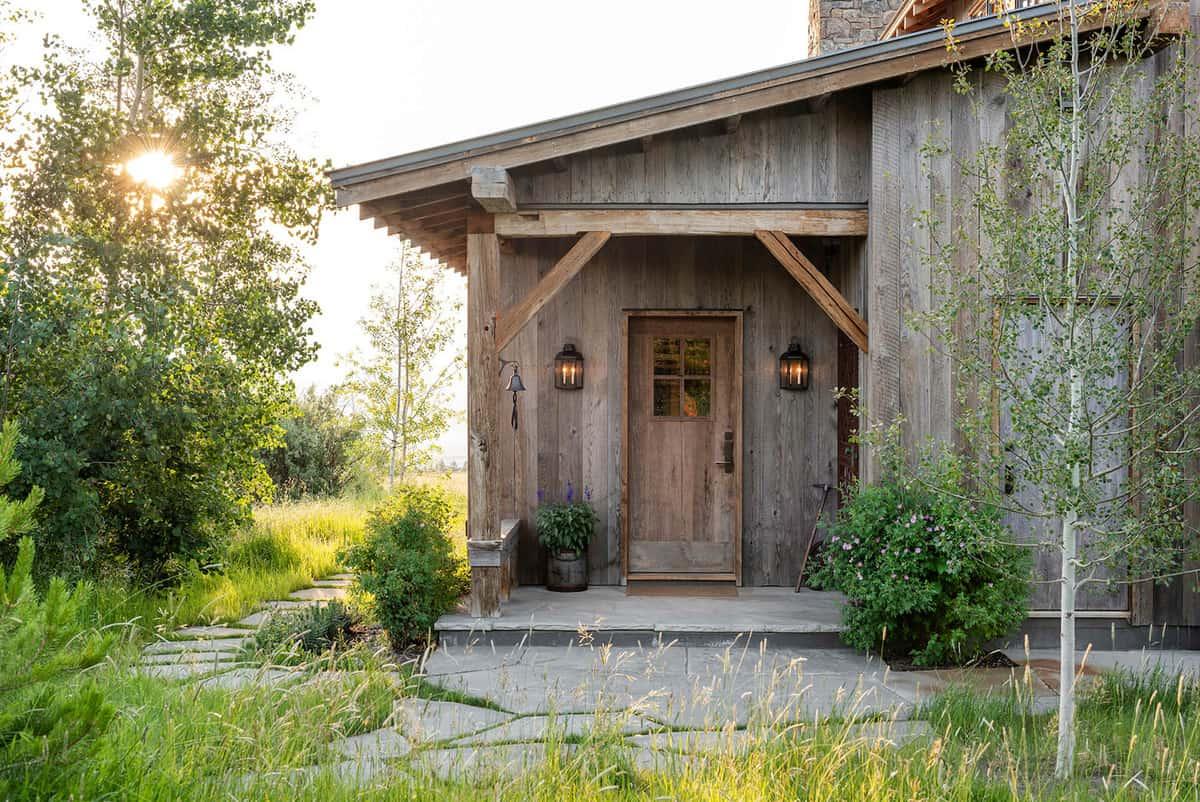 dutch-barn-ranch-house-entry
