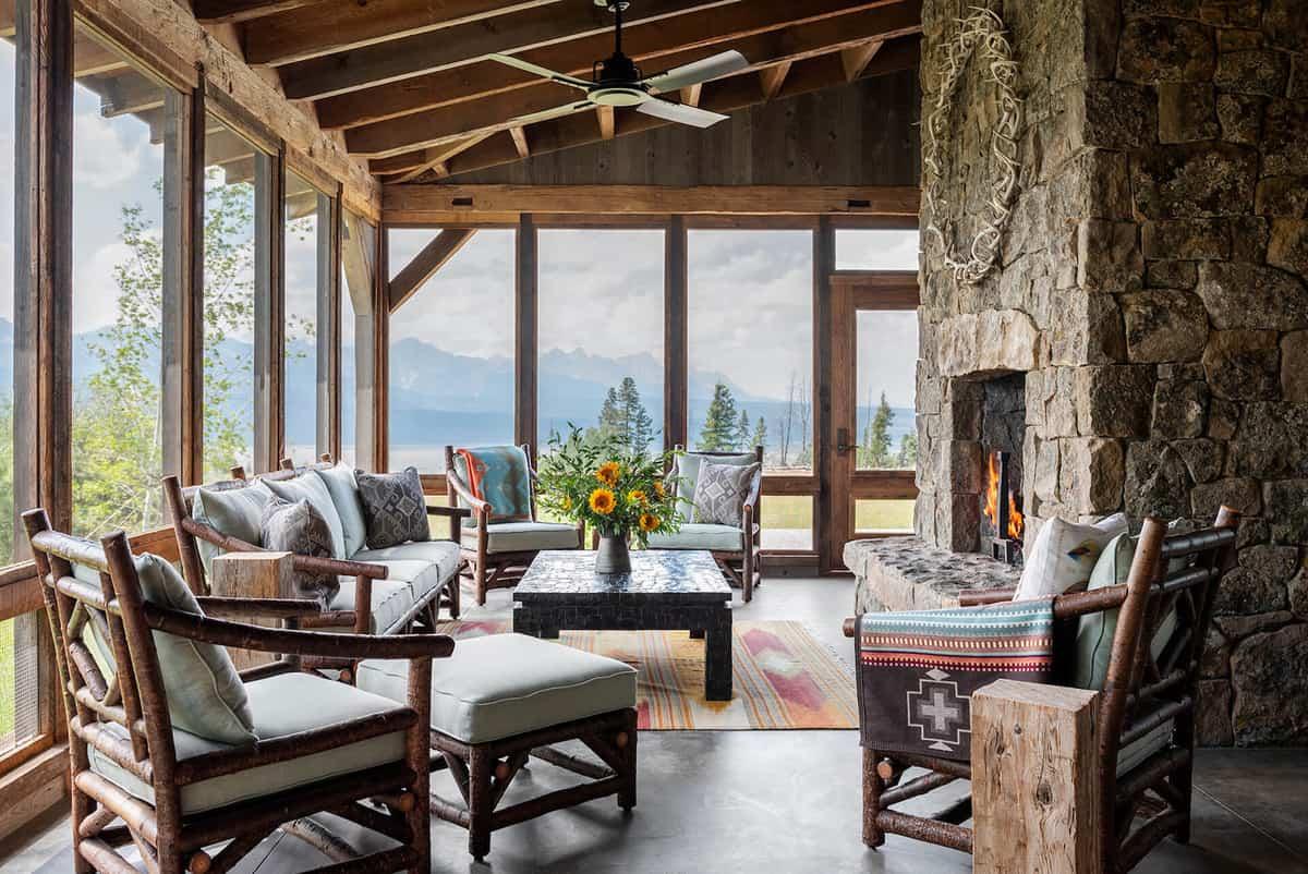 dutch-barn-screened-porch