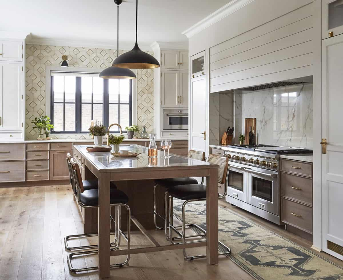 lake-house-eclectic-kitchen