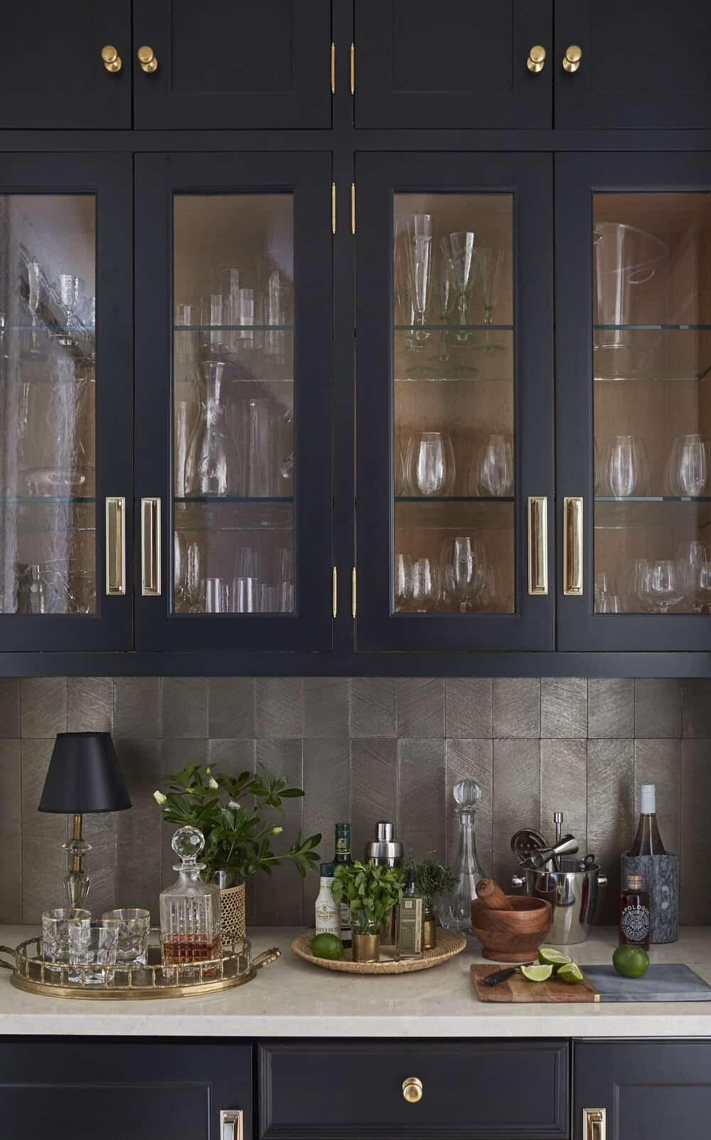 eclectic-home-bar
