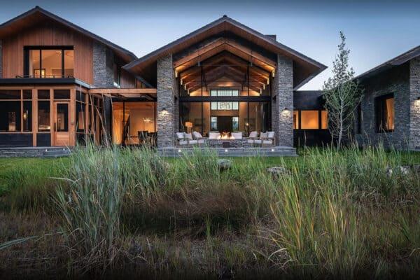featured posts image for Elegant mountain home has stunning views of the Teton mountain range
