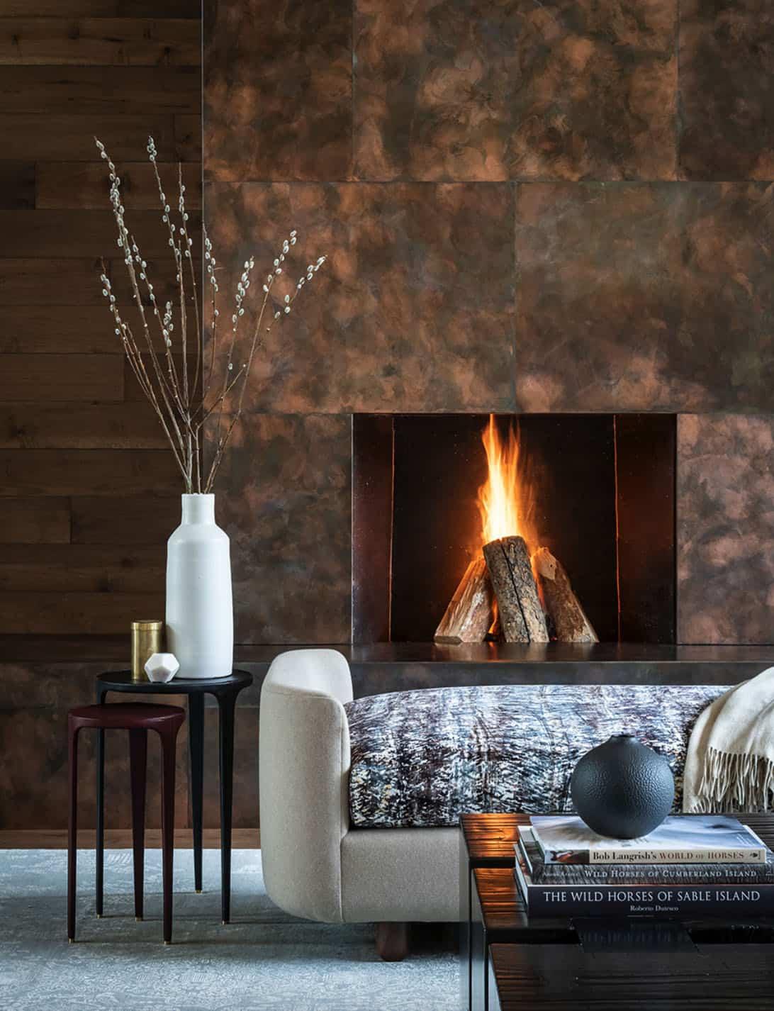 mountain-modern-living-room-fireplace