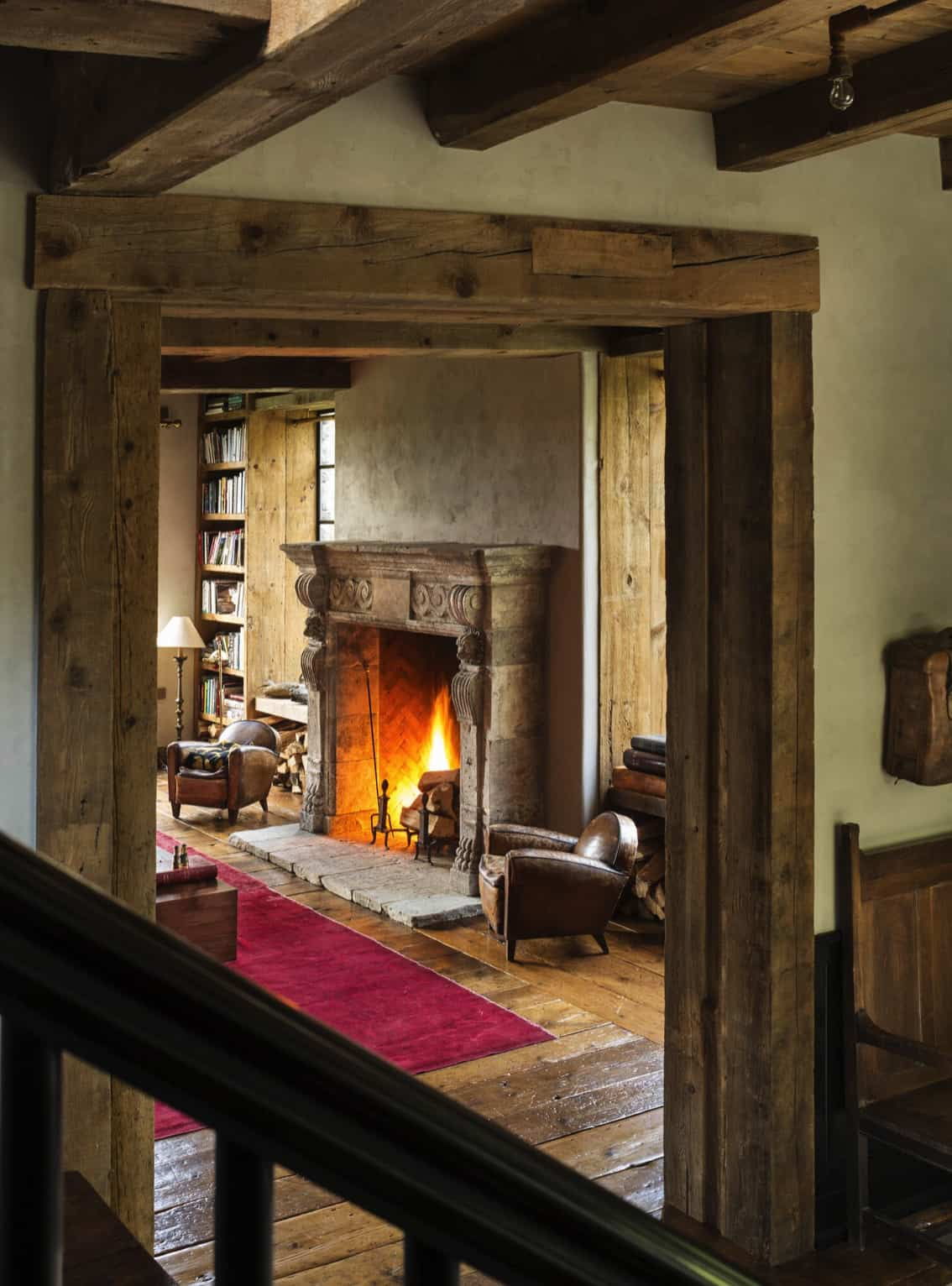 georgian-style-home-living-room-fireplace