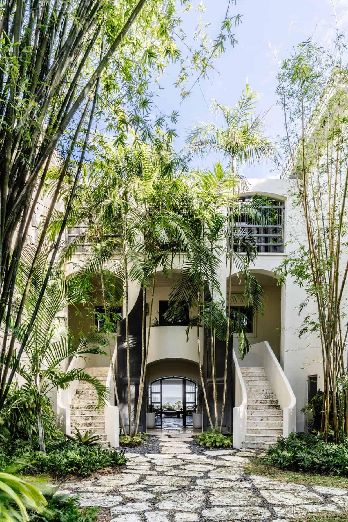 hacienda-spanish-style-house-exterior