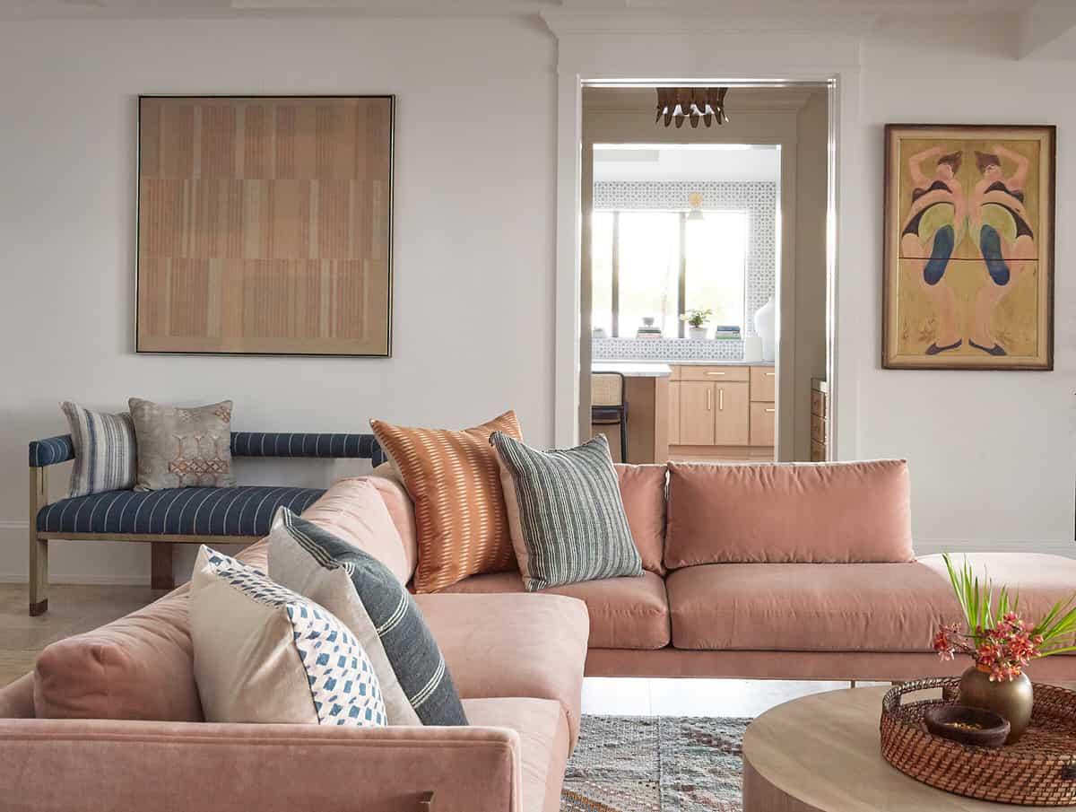 hacienda-spanish-style-living-room