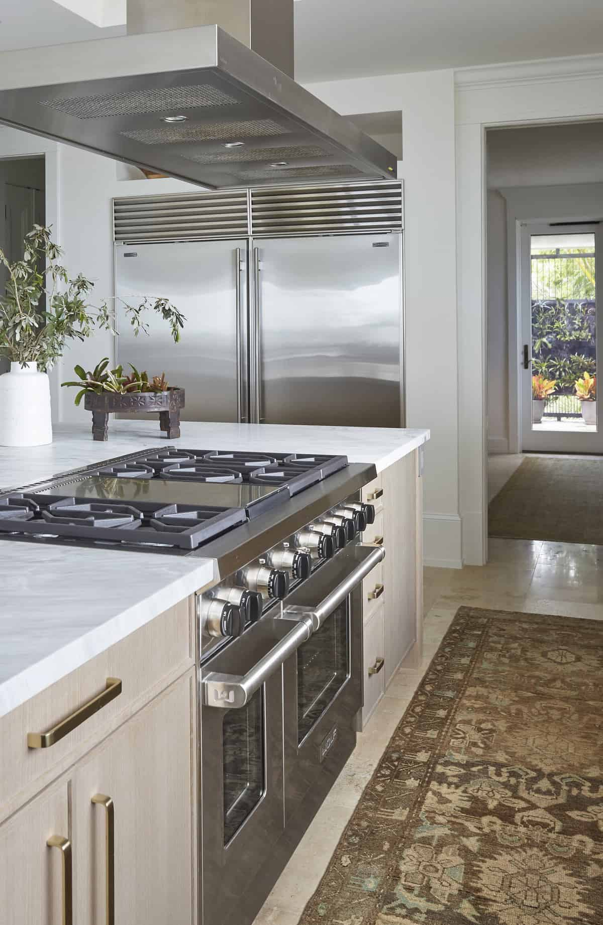 tropical-kitchen