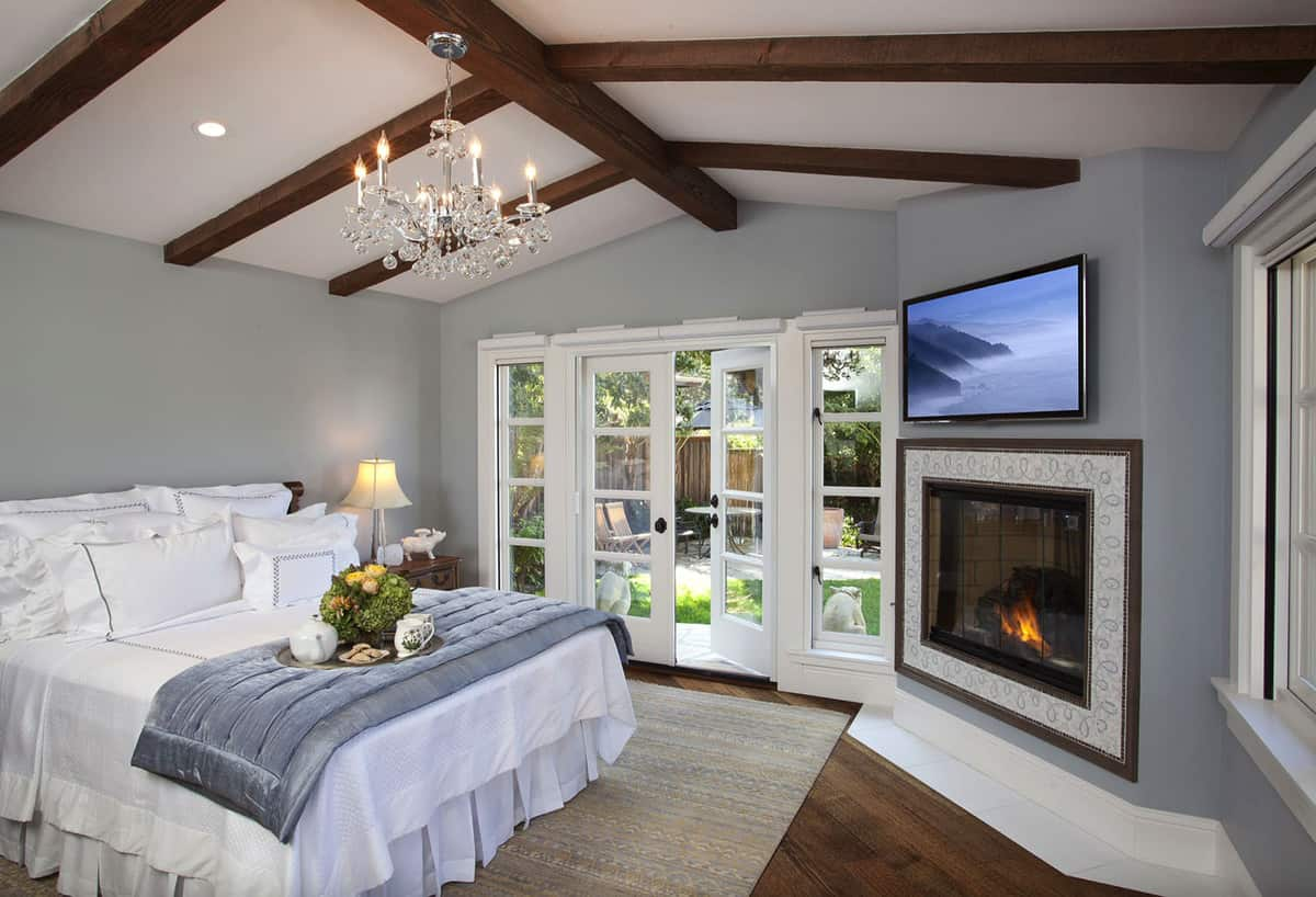 dreamy-bedroom-with-a-fireplace