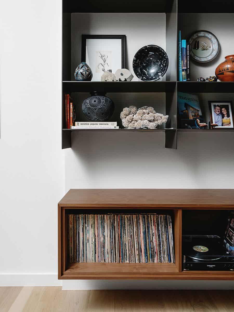 modern-condo-living-room