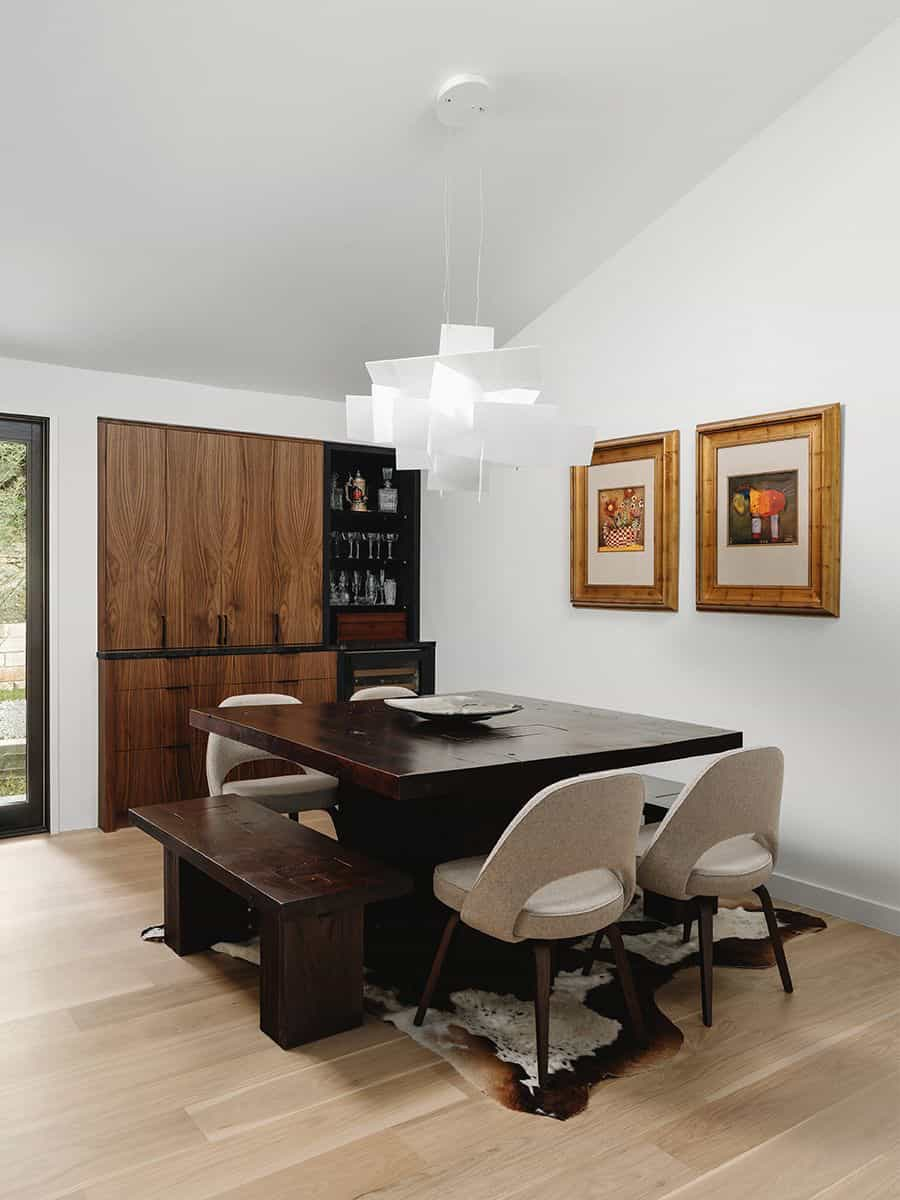 modern-condo-dining-room