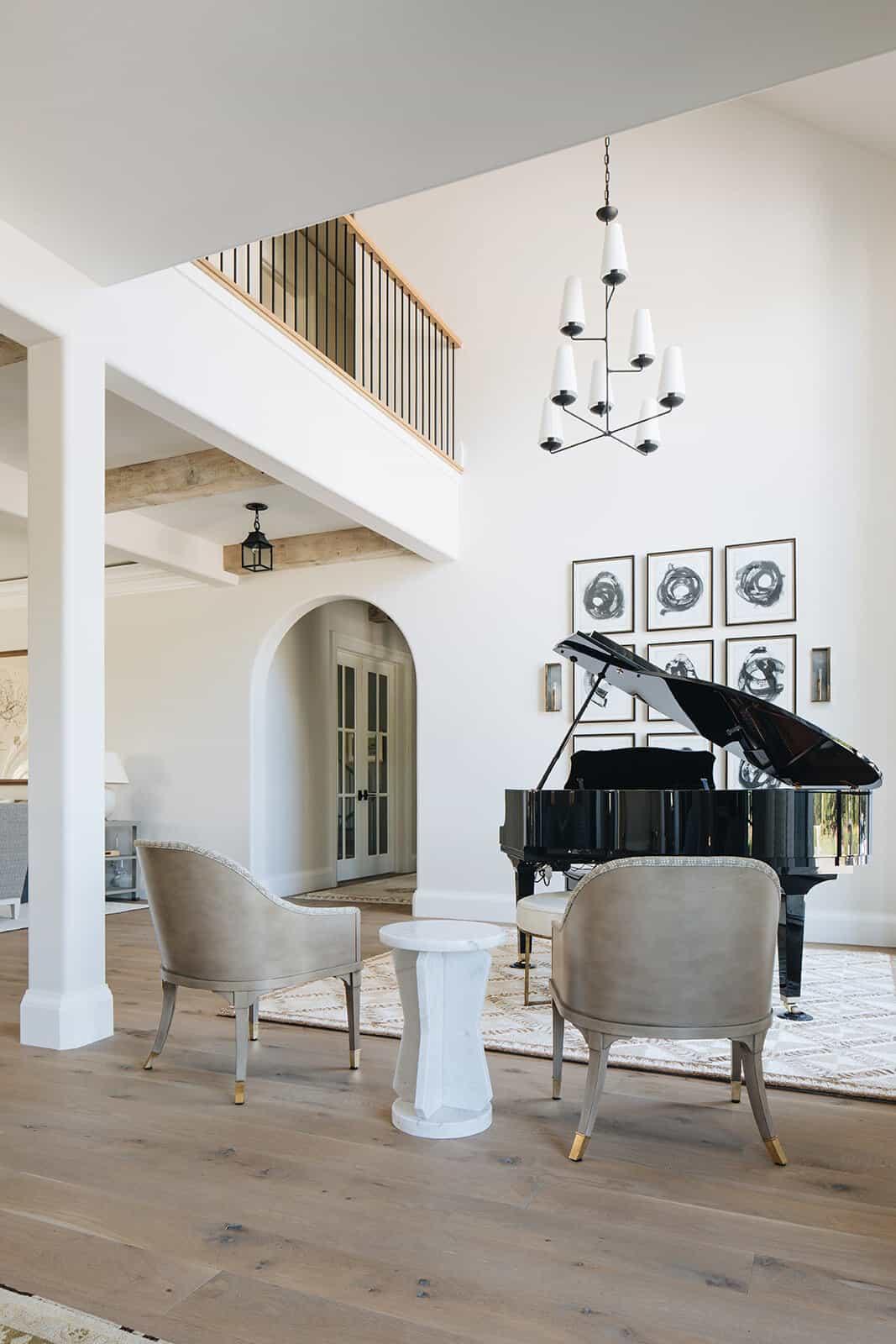 moderna-engleska-zemlja-prijelazna-klavirska soba