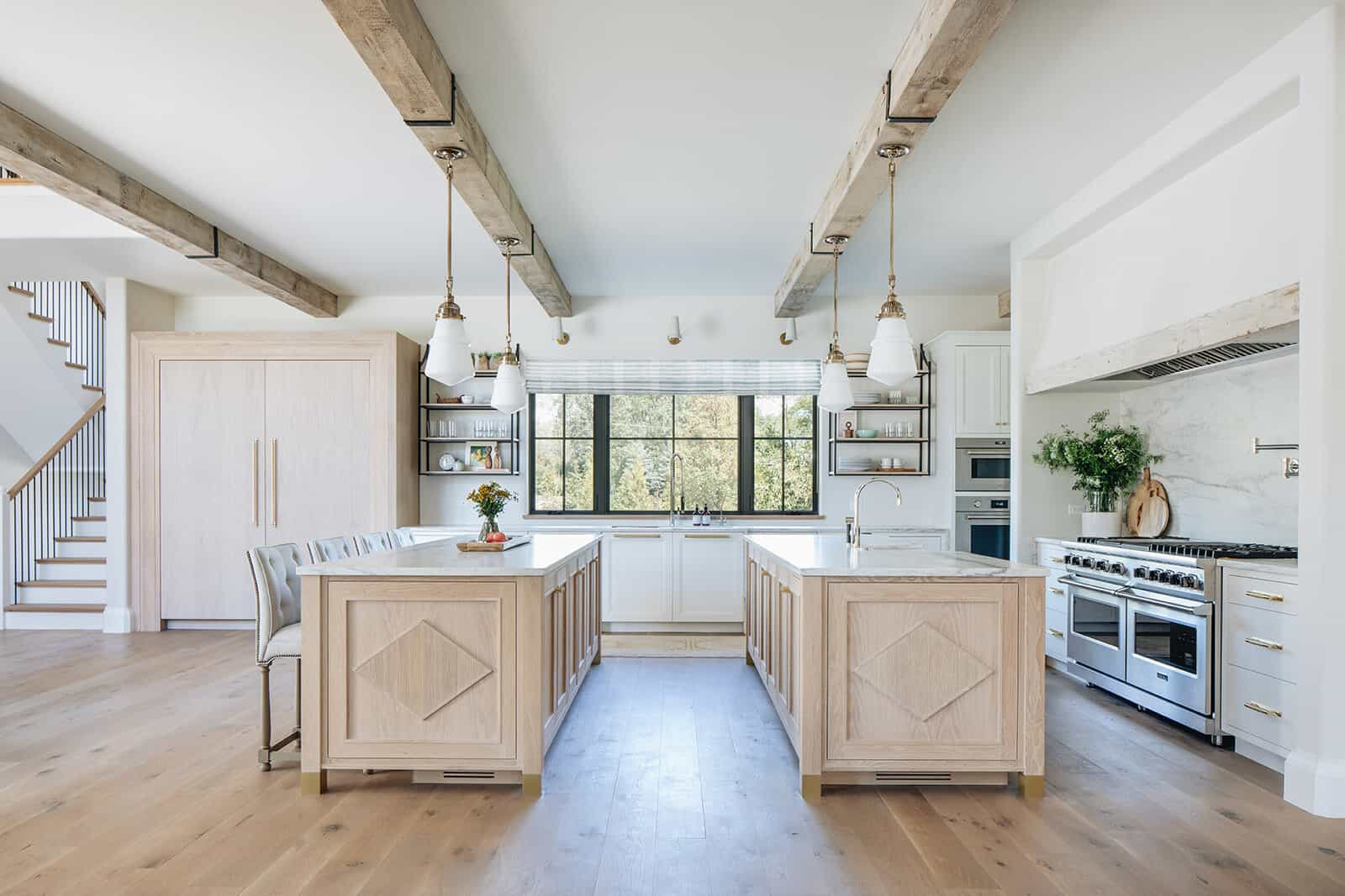 moderna-engleska-zemlja-prijelazna-kuhinja