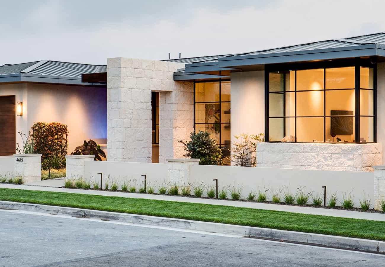 modern-luxury-home-exterior