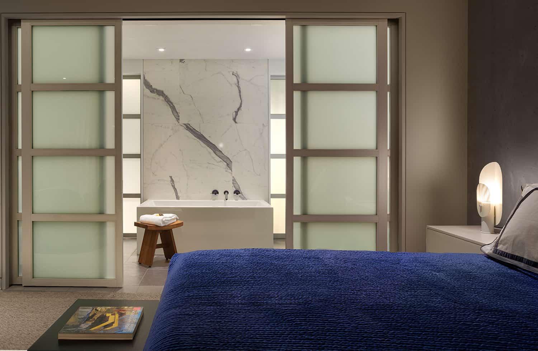 moderno-potkrovlje-spavaća soba