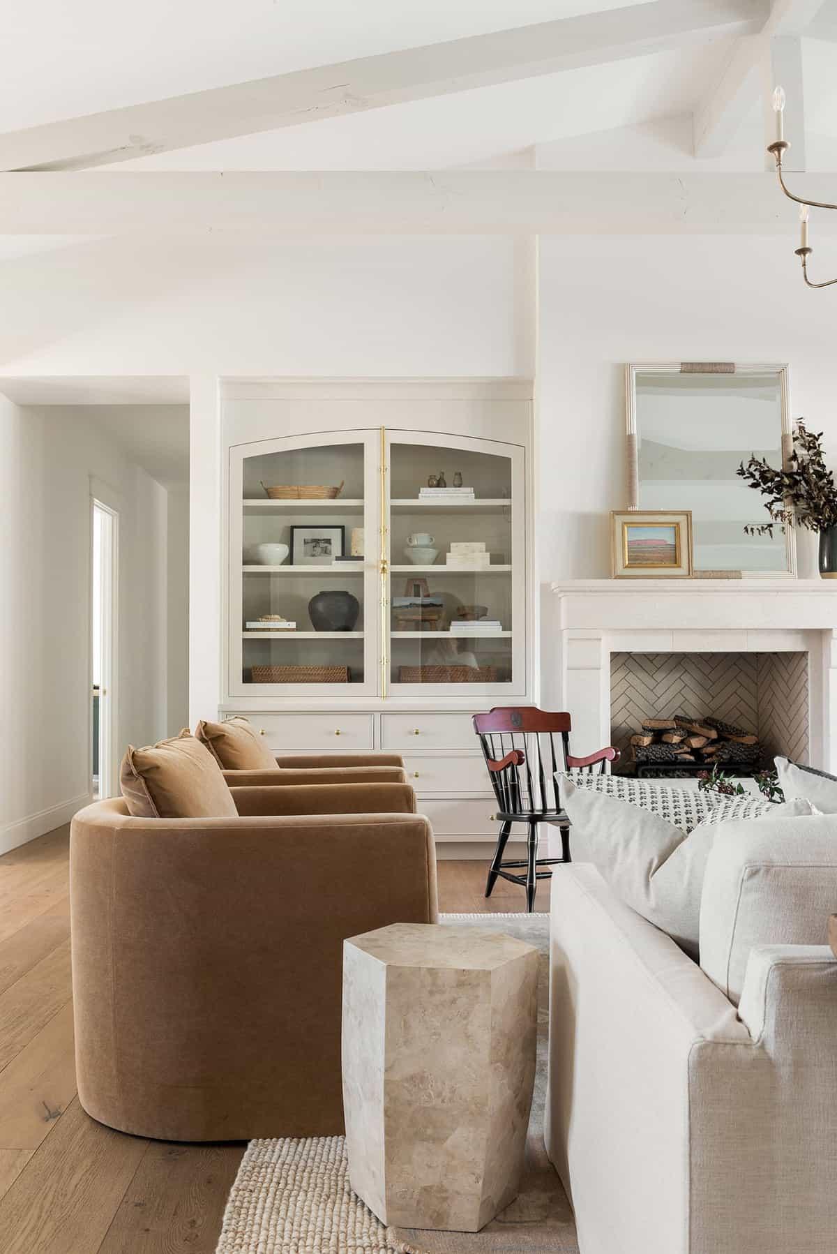 dnevna soba u stilu seoske kuće