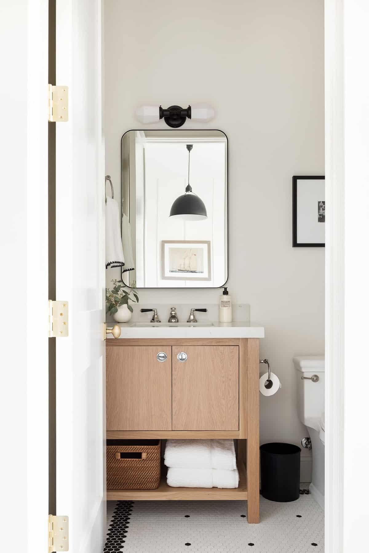 seoska kuća u stilu kupaonice