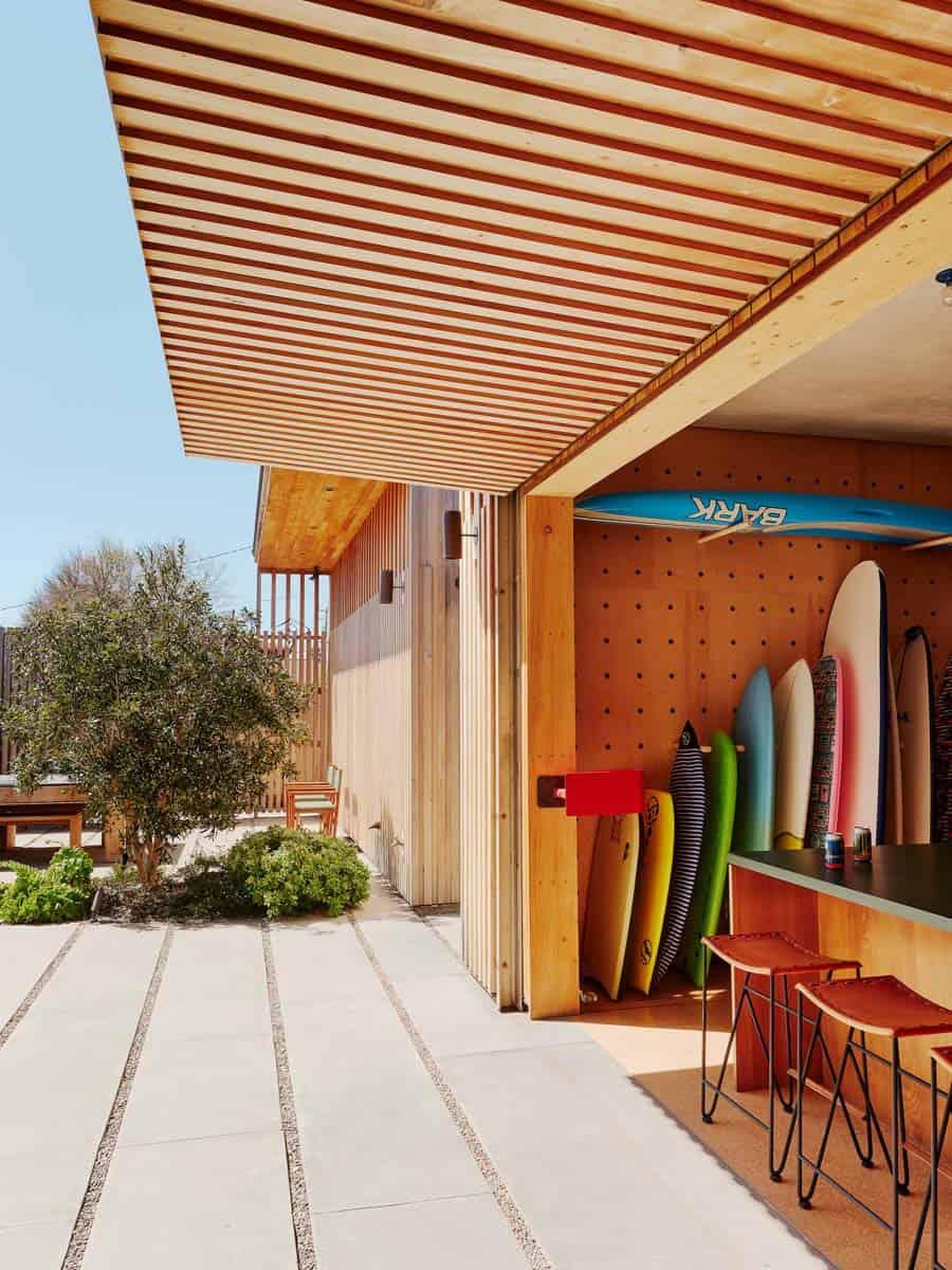 plaža-kuća-surf-daska-spremište