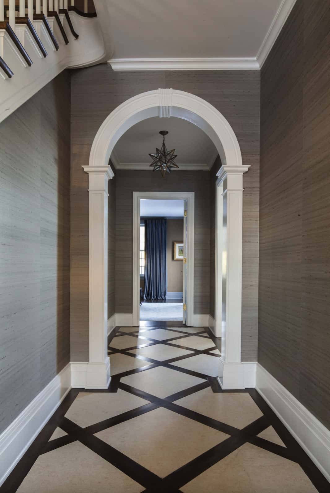 colonial-style-entry