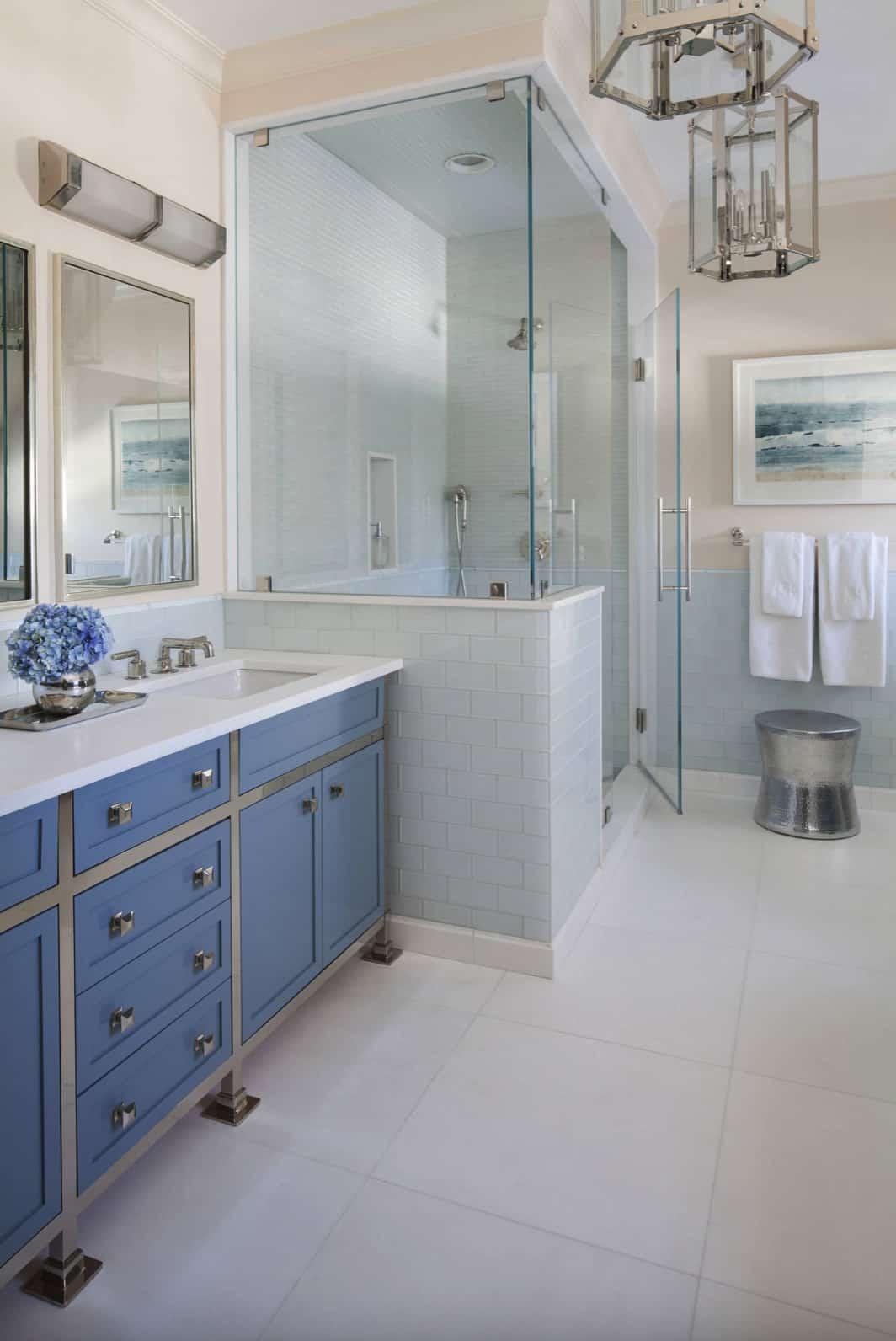 classic-modern-master-bathroom