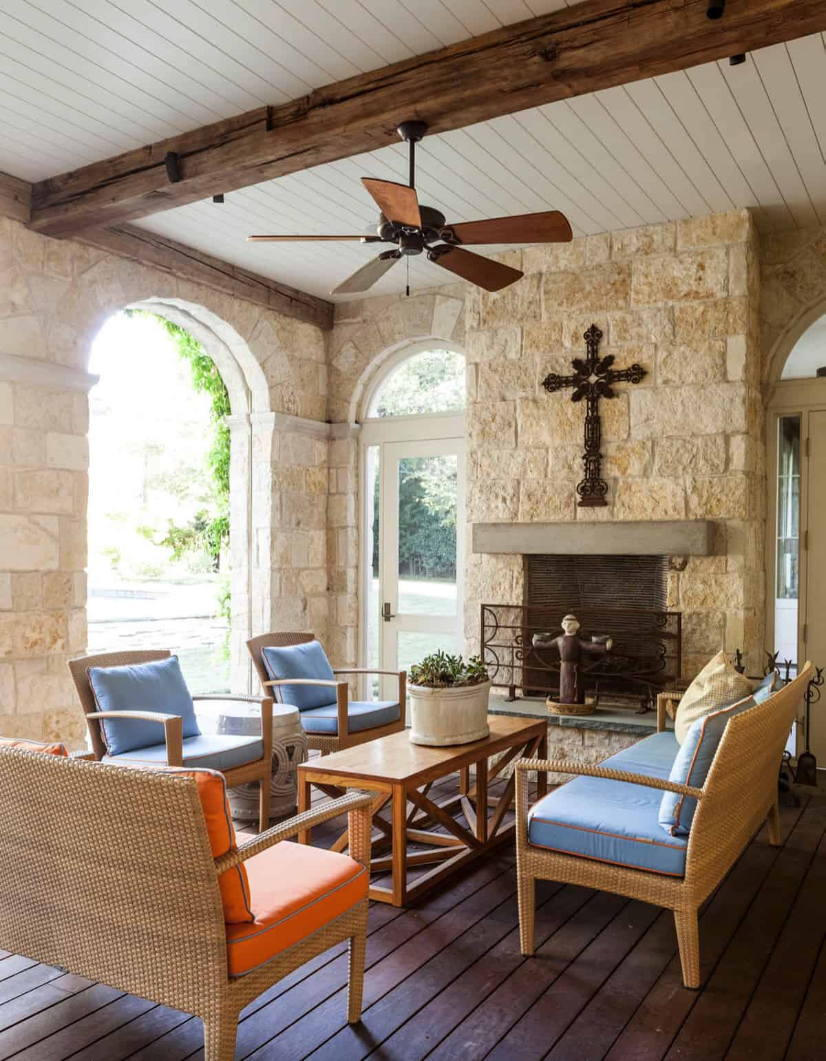 traditional-home-covered-porch
