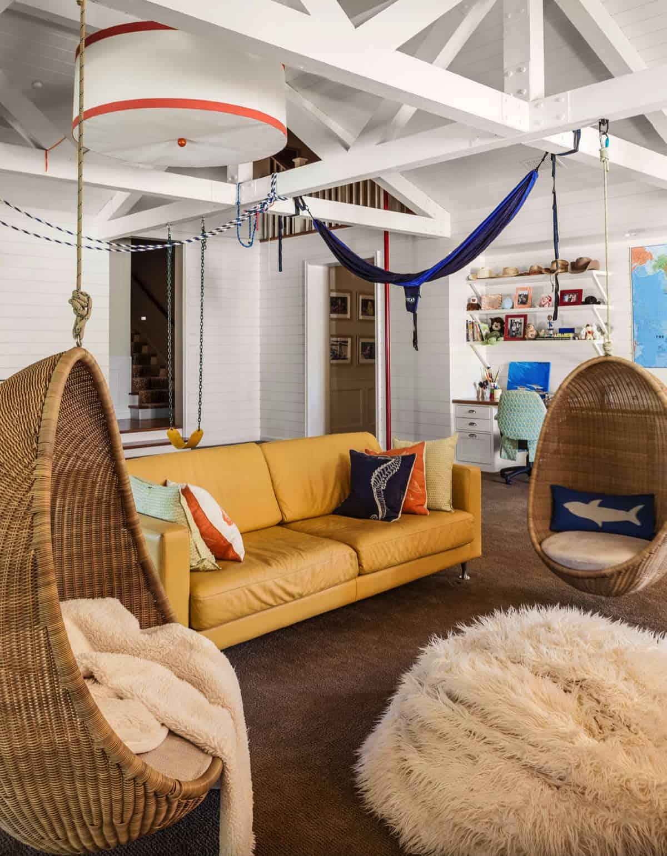 beach-style-kids-playroom