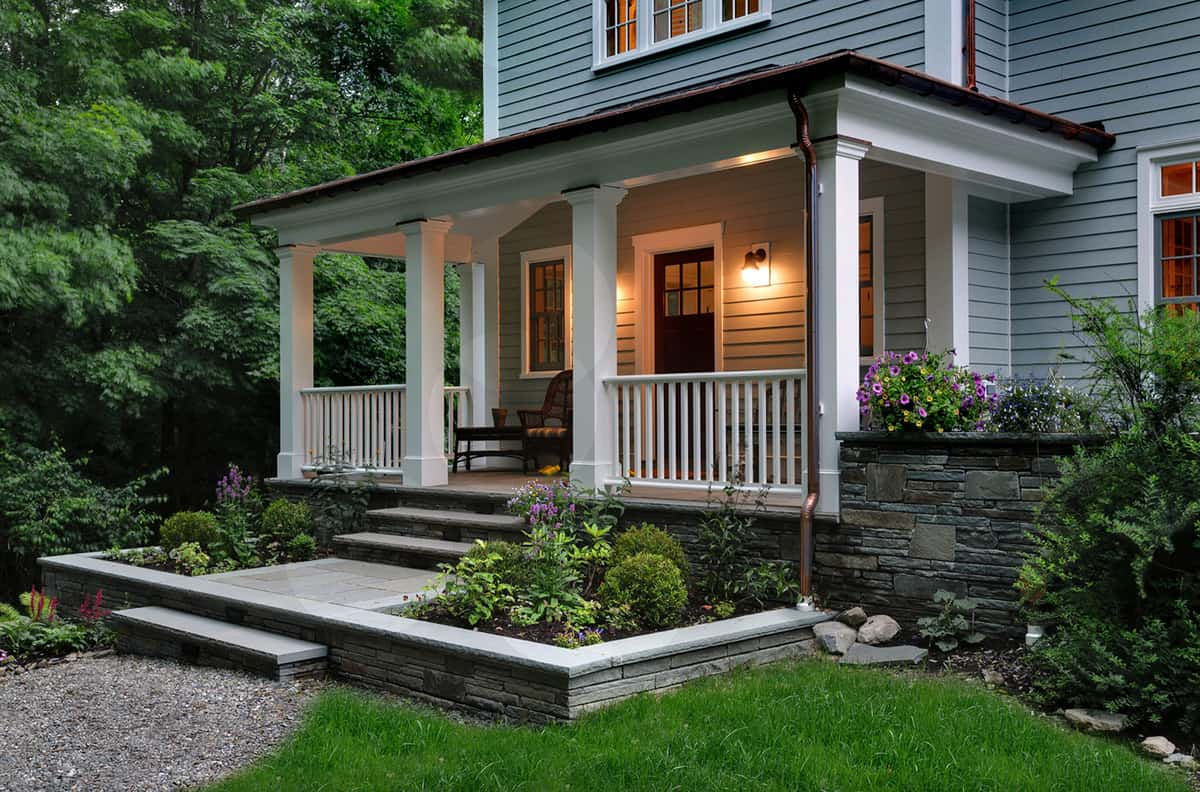traditional-country-house-exterior-with-a-front-porch