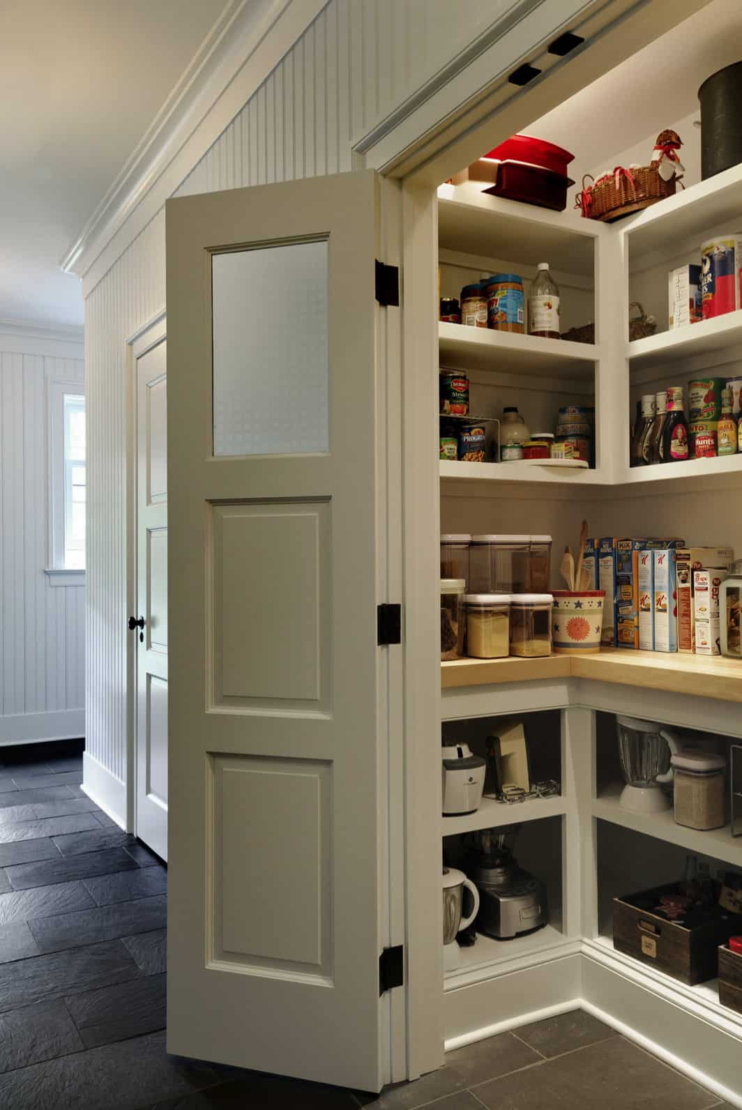 traditional-country-style-walk-in-pantry-with-doors