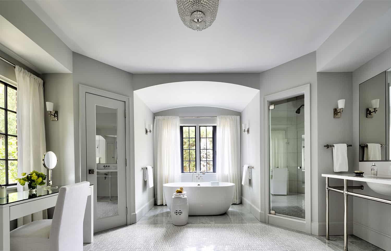Tudor-revival-bathroom