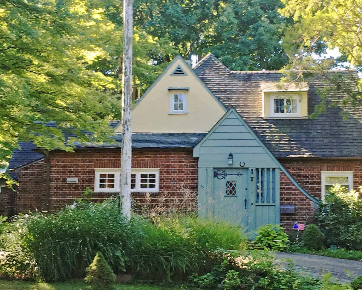Tudor-revival-home-exterior-before-the-renovation