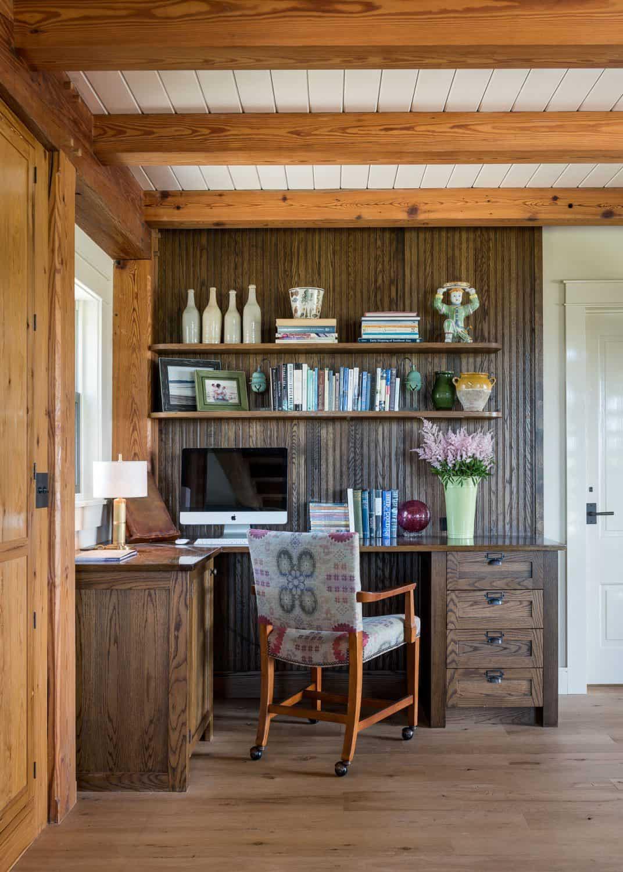 beach-barn-home-office