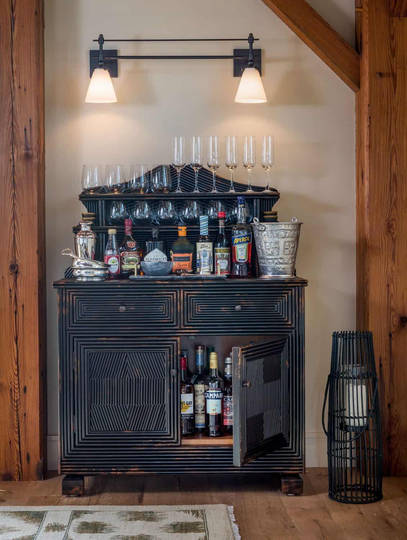 beach-barn-home-bar