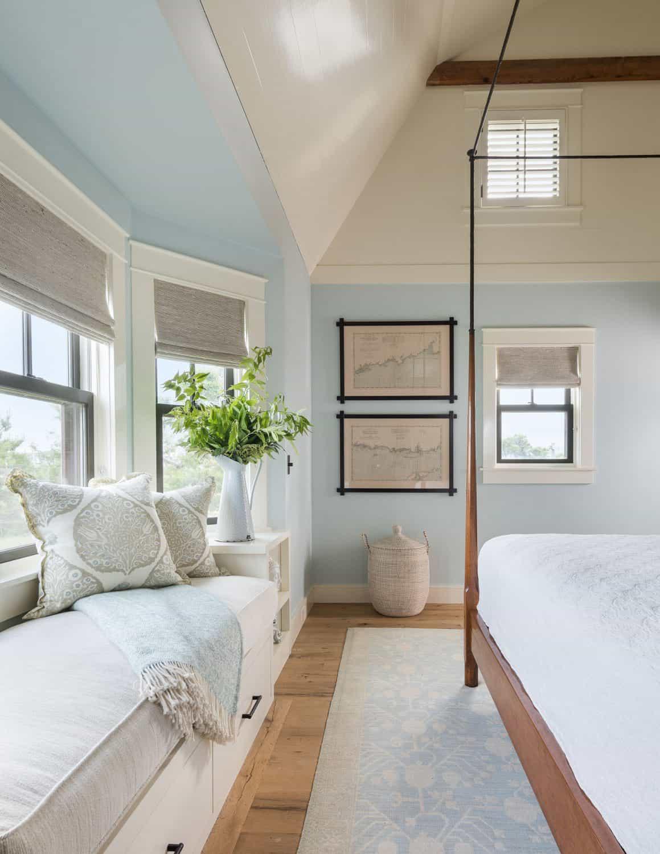 beach-barn-bedroom