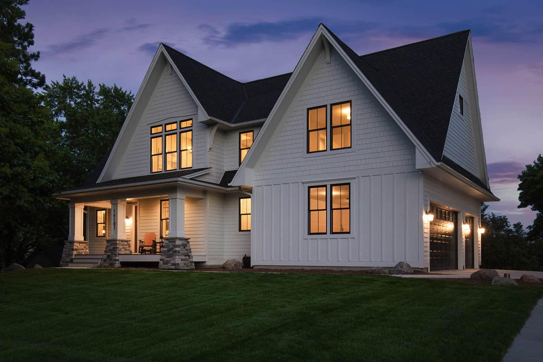 farmhouse-style-lake-house-exterior