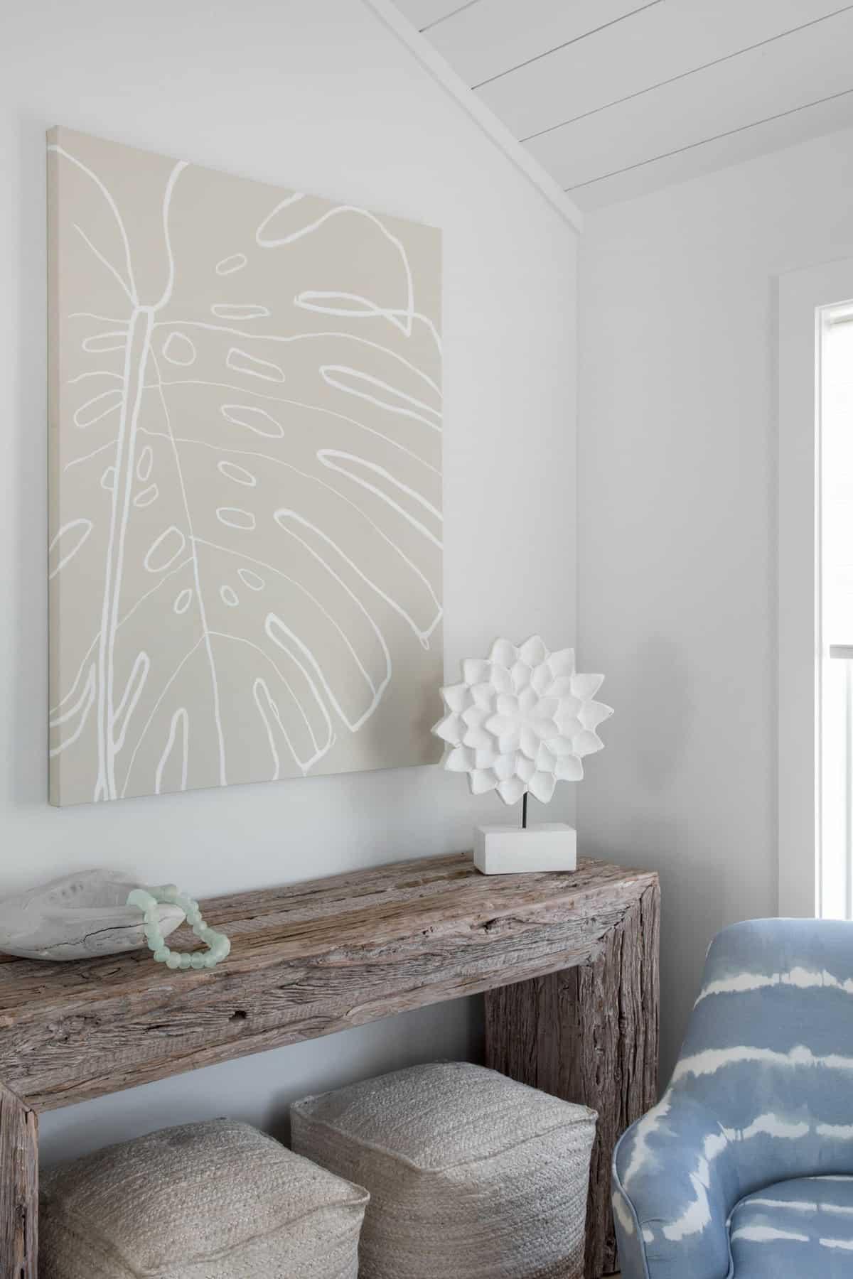 amazing-seaside-retreat-living-room