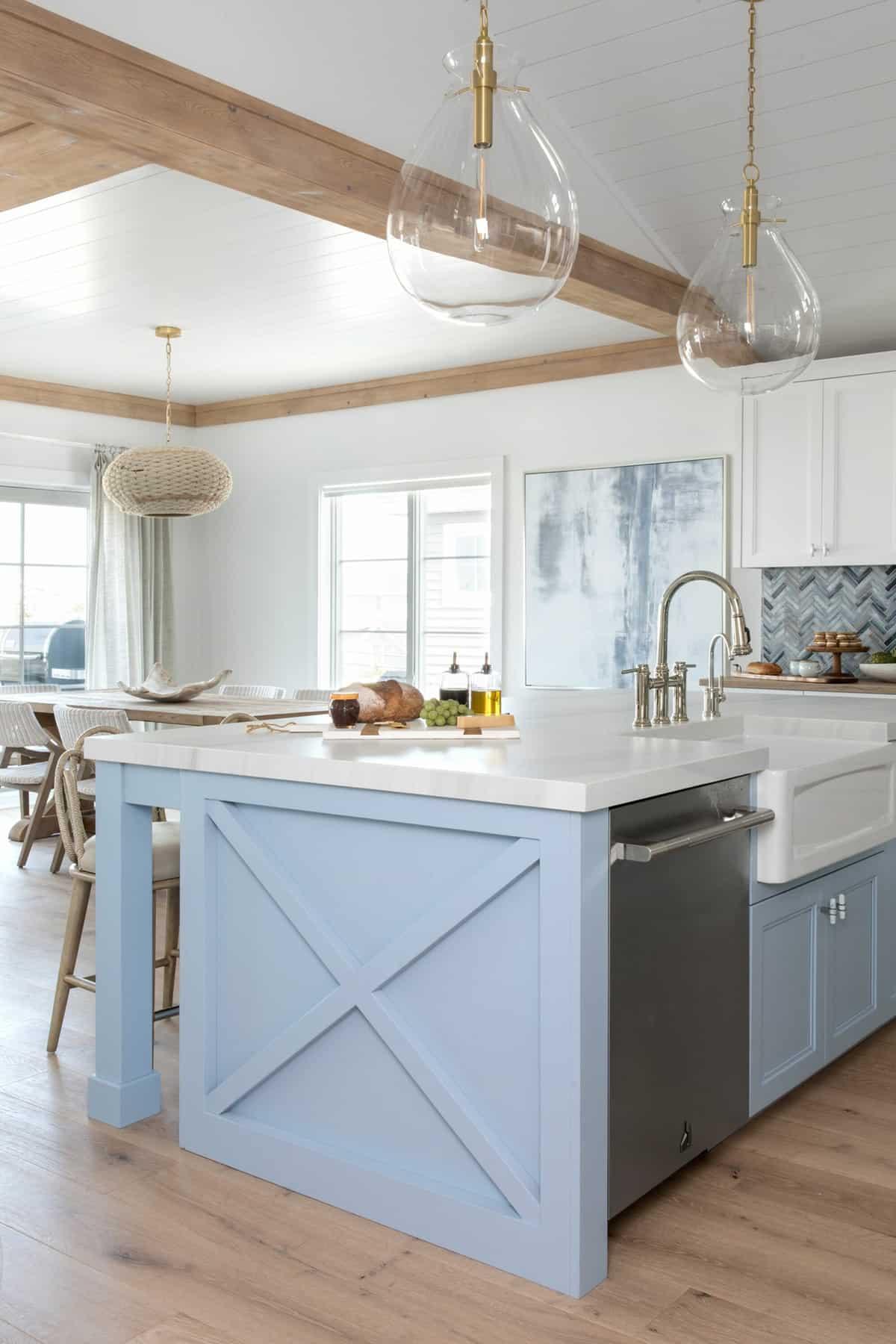 amazing-seaside-retreat-kitchen