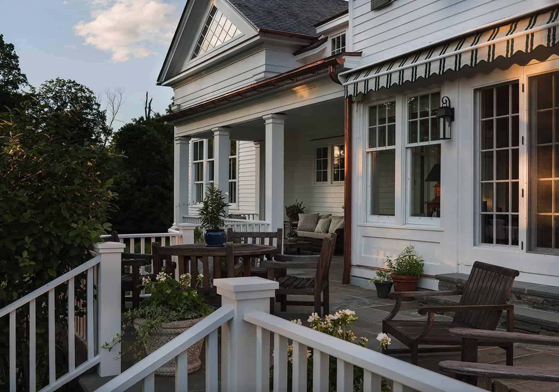 hudson-valley-farmhouse-back-porch