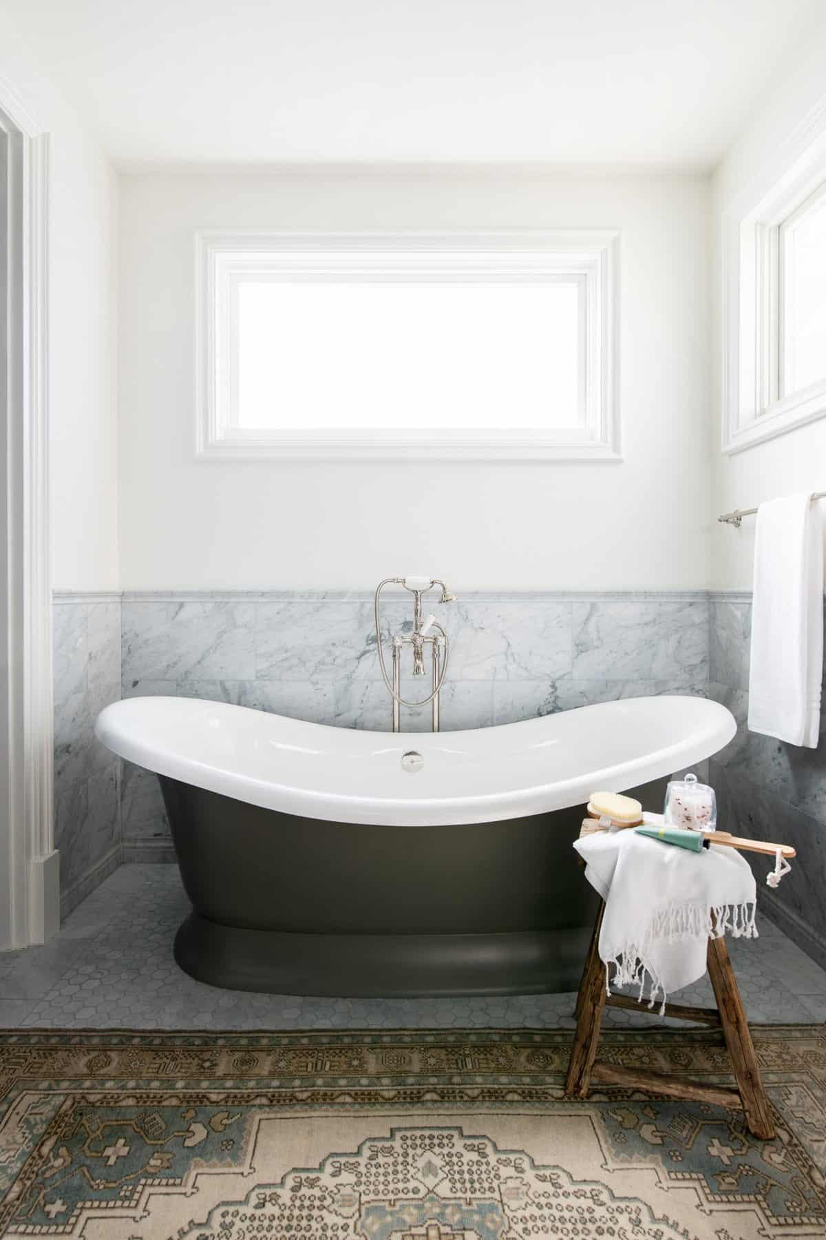 beach-style-bathroom-freestanding-tub