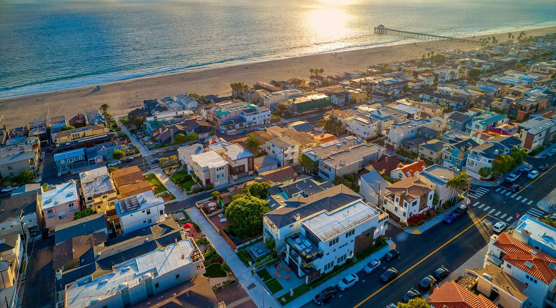coastal-farmhouse-aerial-view