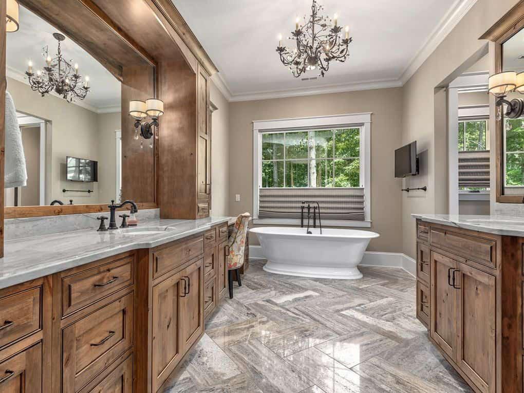 contemporary-bathroom-before-the-renovation
