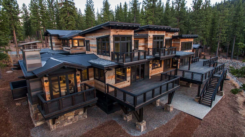 rustic-contemporary-mountain-home-exterior