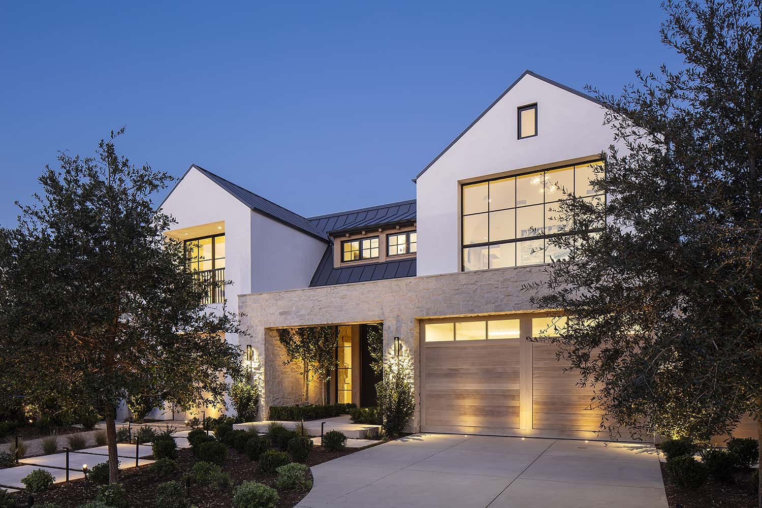 european-transitional-style-home-exterior